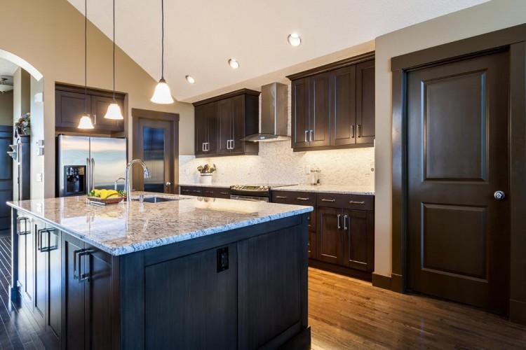carnegie-contracting-kitchen-renovations-calgary-15-lott-creek-view-1