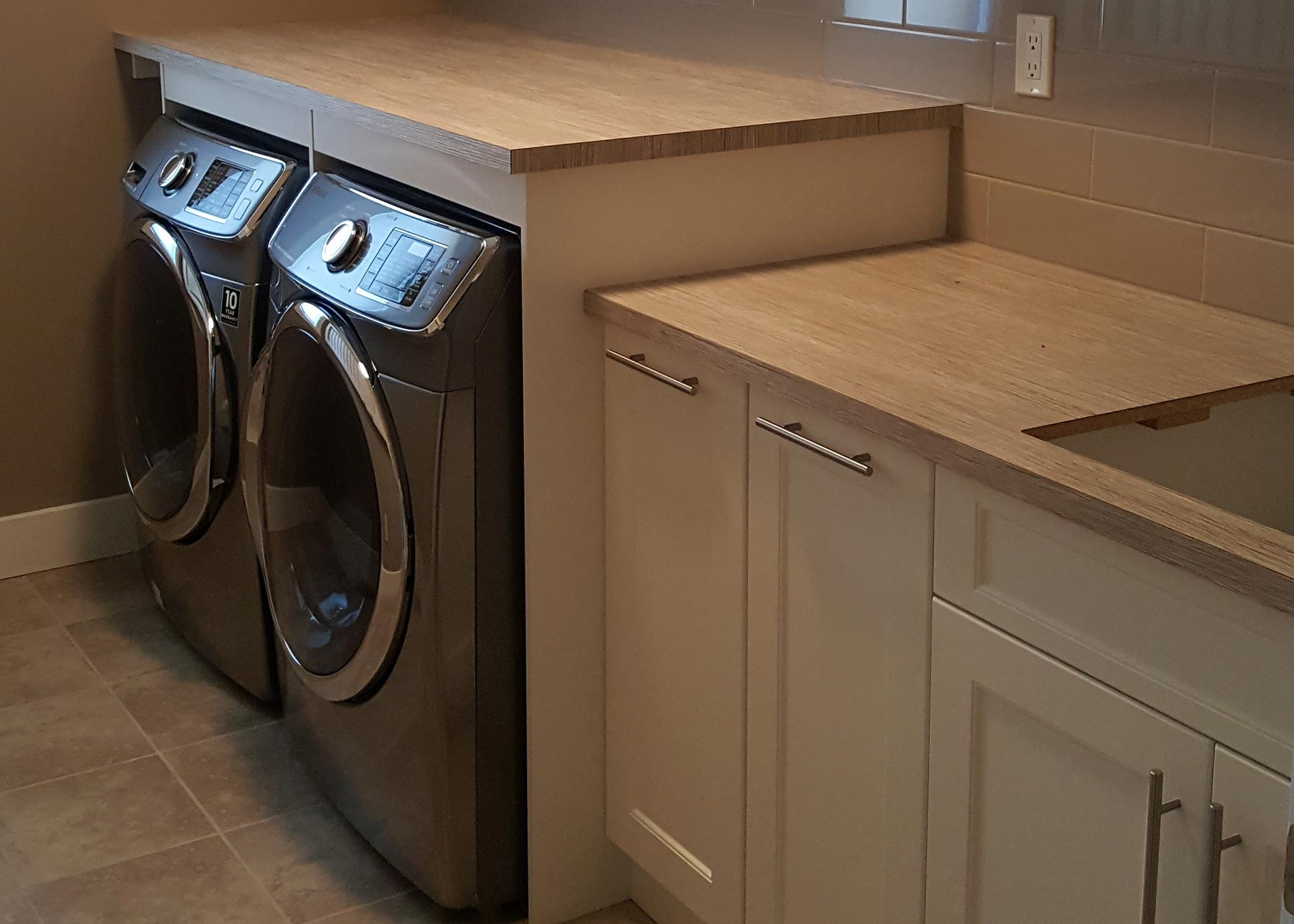 carnegie-contracting-inc-laundry-room-renovation-experts-calgary